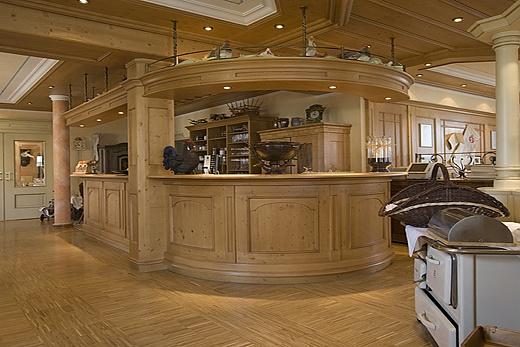 bar facilities baur wohnfaszination. Black Bedroom Furniture Sets. Home Design Ideas