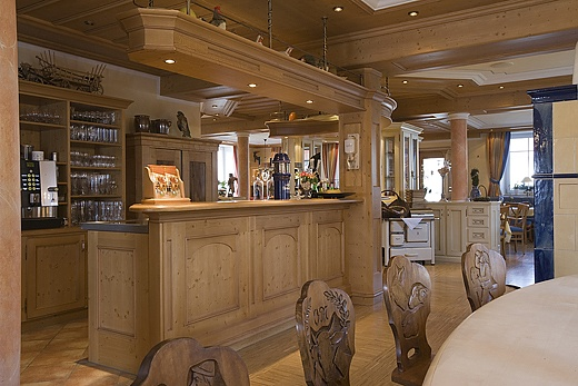 Baur Wohnfaszination bar facilities baur wohnfaszination